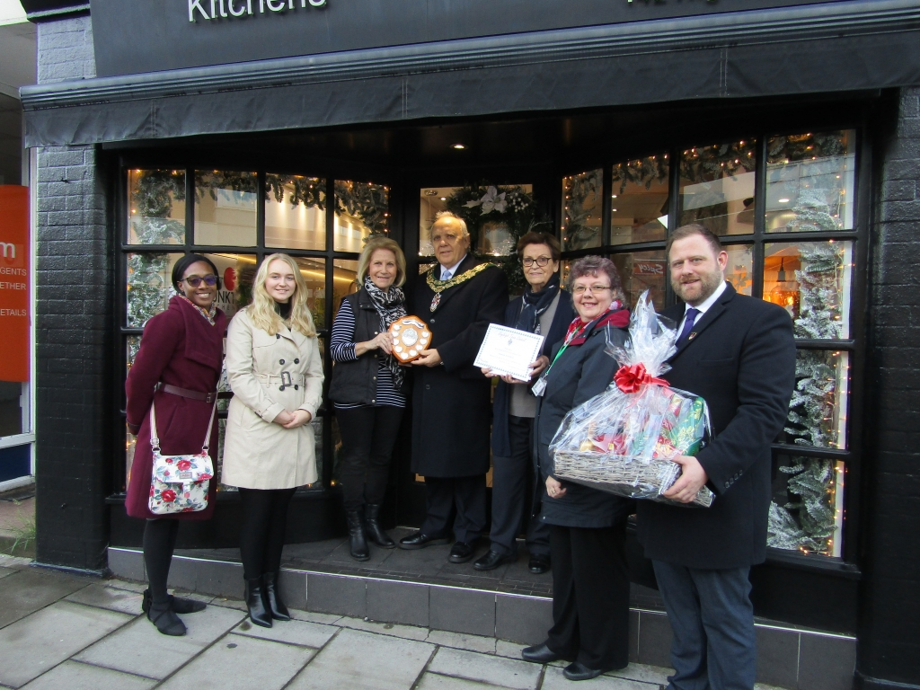 Supporting Rayleigh's High Street
